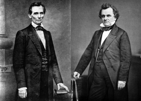 Abraham Lincoln and Stephen A. Douglas | Image Credit: Wikispaces.com