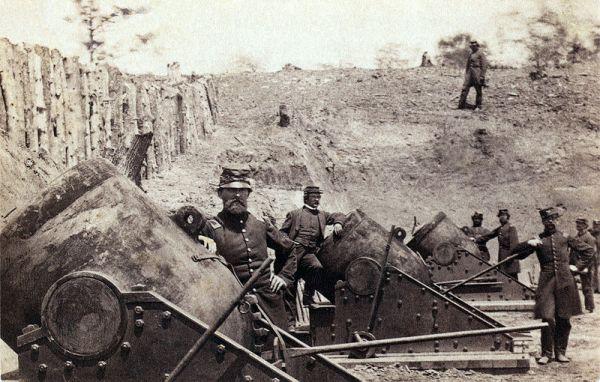 Siege guns at Yorktown | Image Credit: Hendricksonrevwar.wikispaces.com